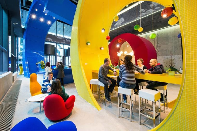 Interactive-space-in-Google-office